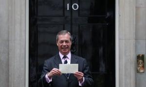 Nigel Farage poses outside 10 Downing Street