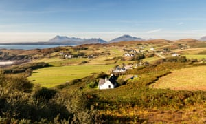 The village of Tarskavaig on the Isle of Skye, where the Gaelic television series Bannan is filmed.