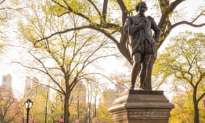 The sculputre of Shakespeare in New York's Central Park.