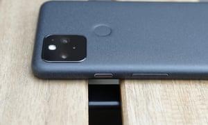 Google Pixel 5 underside
