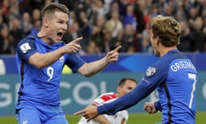 Kevin Gameiro, left, celebrates with Antoine Griezmann