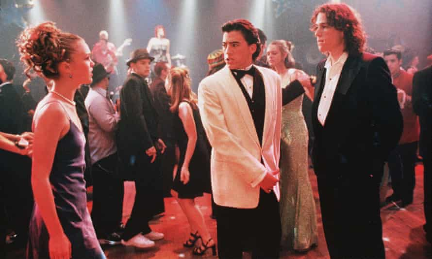 Julia Stiles, Andrew Keegan and Heath Ledger in 10 Things I Hate About You