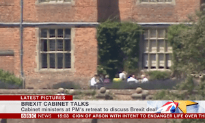 Cabinet ministers on the terrace at Chequers