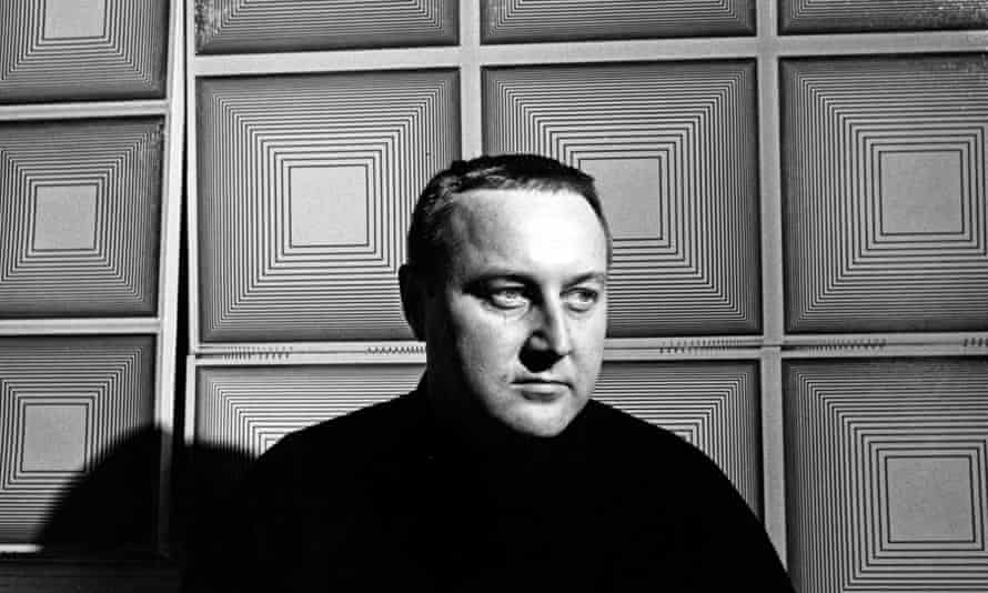 Richard Anuszkiewicz in 1968.