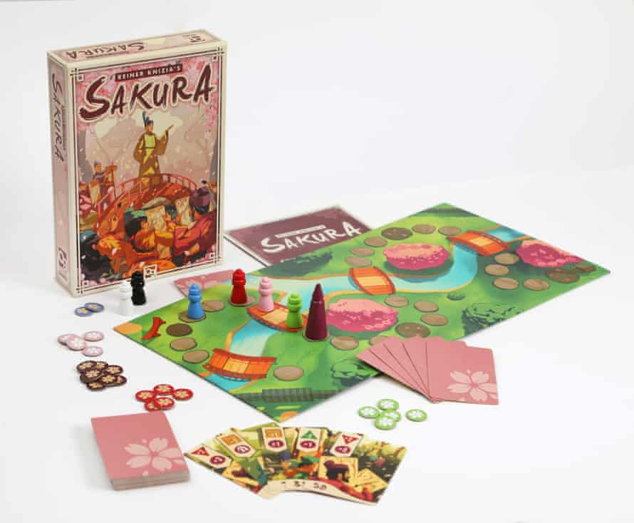 Sakura is a fast-paced and ruthless game.