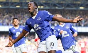 Everton's Romelu Lukaku celebrates his equaliser against Liverpool.