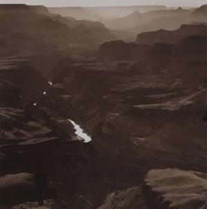 Tseng Kwong Chi, Grand Canyon, Arizona, 1987