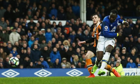 Romelu Lukaku maintains hot streak with two goals as Everton beat Hull