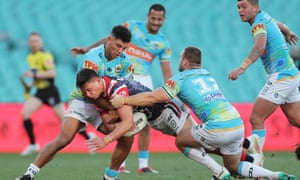 Joseph Manu scores a try during the NRL match between the Sydney Roosters and the Gold Coast Titans
