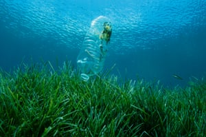Around 11m tonnes of plastic flow into the oceans a year, with this amount set to nearly triple to 29m tonnes a year by 2040.