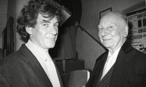 Ian Mckellen and Sir John Gielgud at a tribute evening for Sir Michael Redgrave at the Old Vic, 1 September 1985.