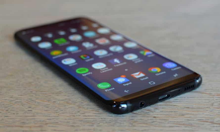 A bug appears to be responsible for the issue affecting Samsung Galaxy S8 and S9 phones.