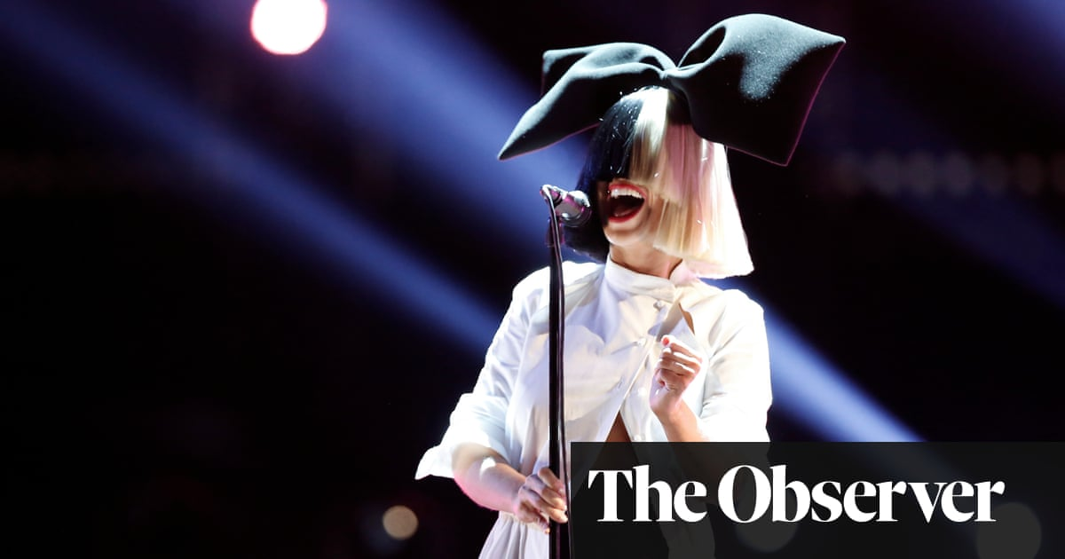 Sia Everyone In Entertainment Is Insecure We Ve Been Dancing Our Entire Lives For Your Approval Music The Guardian