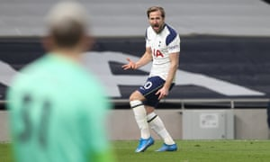 Harry Kane celebrates after scoring the third goal.