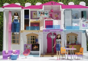 Barbie's Hello Dreamhouse