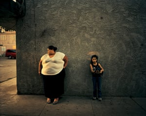 woman and girl photographed for american realities