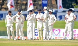 England palyers wait for a decision from DRS.