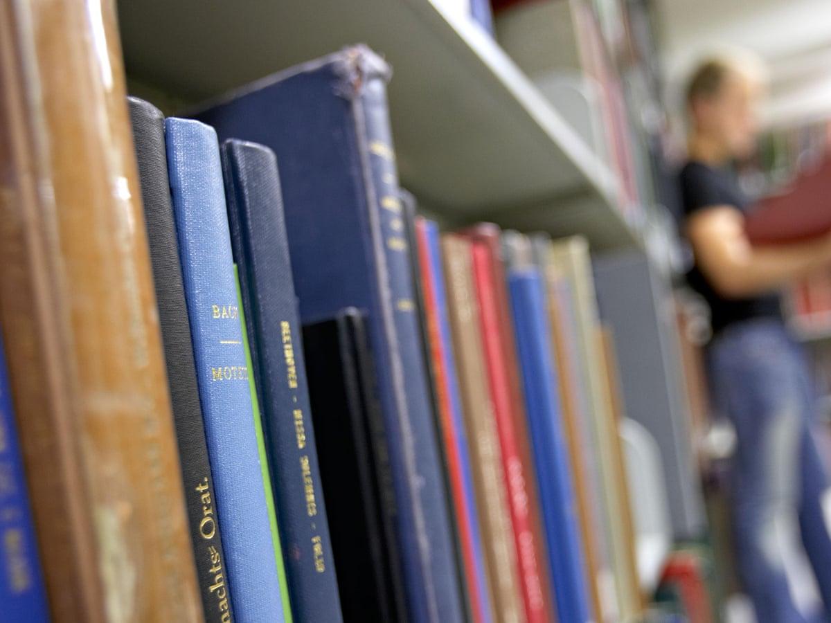 قم بتقييم مجموعات الكتب / الموسيقى / الأفلام التي قرأتها أو تسمعها أو أحببت مشاهدتها