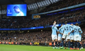 Yaya Tour´e and the Manchester City players mob Danilo after he gave Manchester City an early lead.