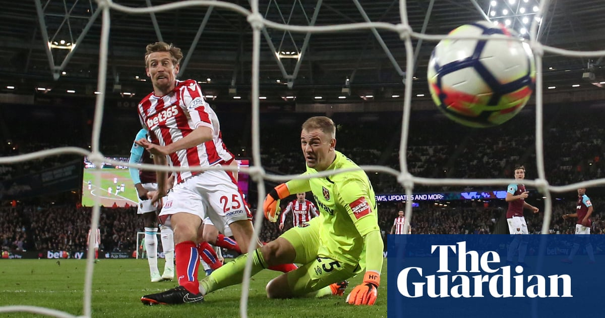 d22679cc5 Experience the saving grace for Joe Hart in keepers  World Cup battle