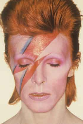 David Bowie made up with flash