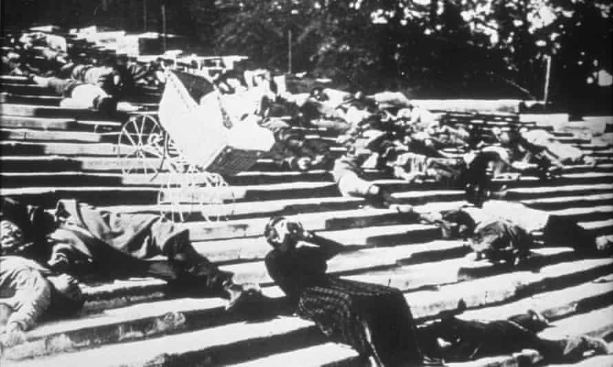 A scene from Battleship Potemkin (1925).