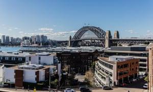 Вид с бара на крыше отеля Henry Deane, отель Palisade, Сидней