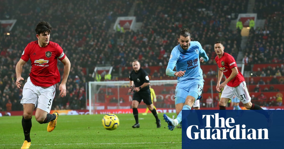 Jay Rodriguez's bolt from the blue for Burnley shatters Manchester United
