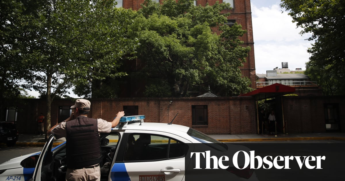British tourist fatally shot in robbery outside Buenos Aires hotel.   #bodyguard