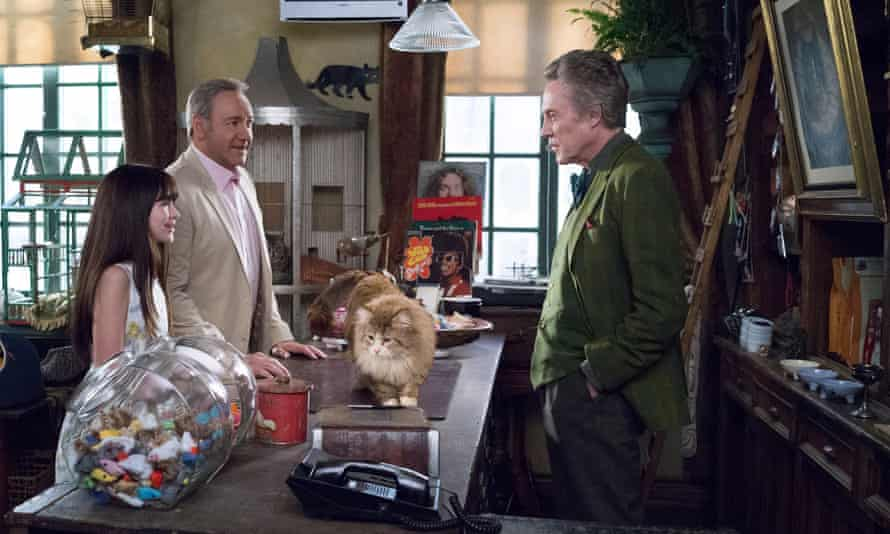 Melina Weissman, Kevin Spacey and Christopher Walken in Nine Lives.