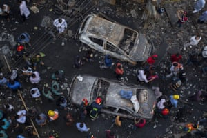 Dhaka, BangladeshAt least 70 people have died in a huge blaze that tore through apartment buildings also used as chemical warehouses in an old part of the Bangladeshi capital.