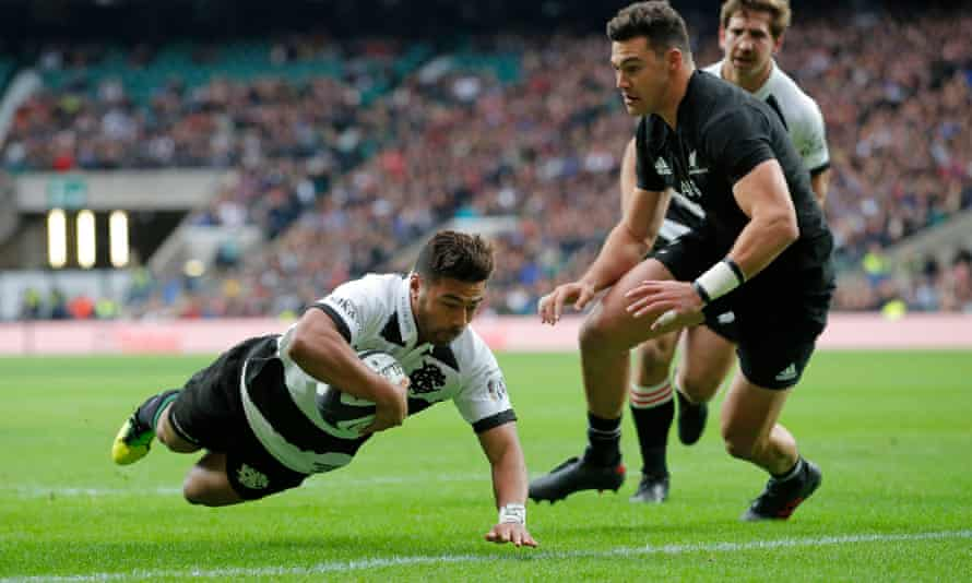 Barbarians v New Zealand Richie Mo'unga dives in for the 1st try of the game for the Barbarians at Twickenham on November 4th 2017 in London