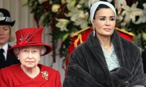 Sheikha Mozah with Queen Elizabeth.