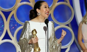 Sandra Oh accepts her best actress prize.