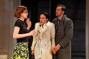 Elizabeth McGovern, Amanda Abbington and Ralf Little in God of Carnage.