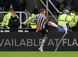 Newcastle United's Matt Ritchie celebrates scoring their second goal.