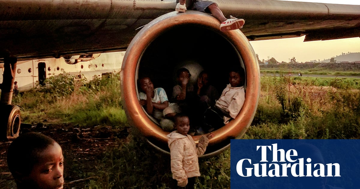Playtime in the Congo: Michael Christopher Brown's best phone picture