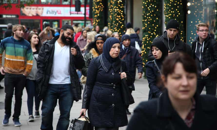 Christmas Shoppers on  Oxford Street