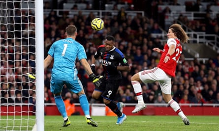 Jordan Ayew heads home Crystal Palace's equaliser after slack play by Arsenal's defence.