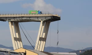 genoa bridge collapse pictures from the scene world news the