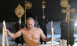 """Résultat de recherche d'images pour """"Vladimir Putin takes icy plunge to mark Orthodox Epiphany"""""""