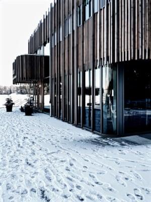 Exterior. Winter. The entrance to Naturum Vänerskärgården visitor centre and exhibition space, Vänern, Sweden.