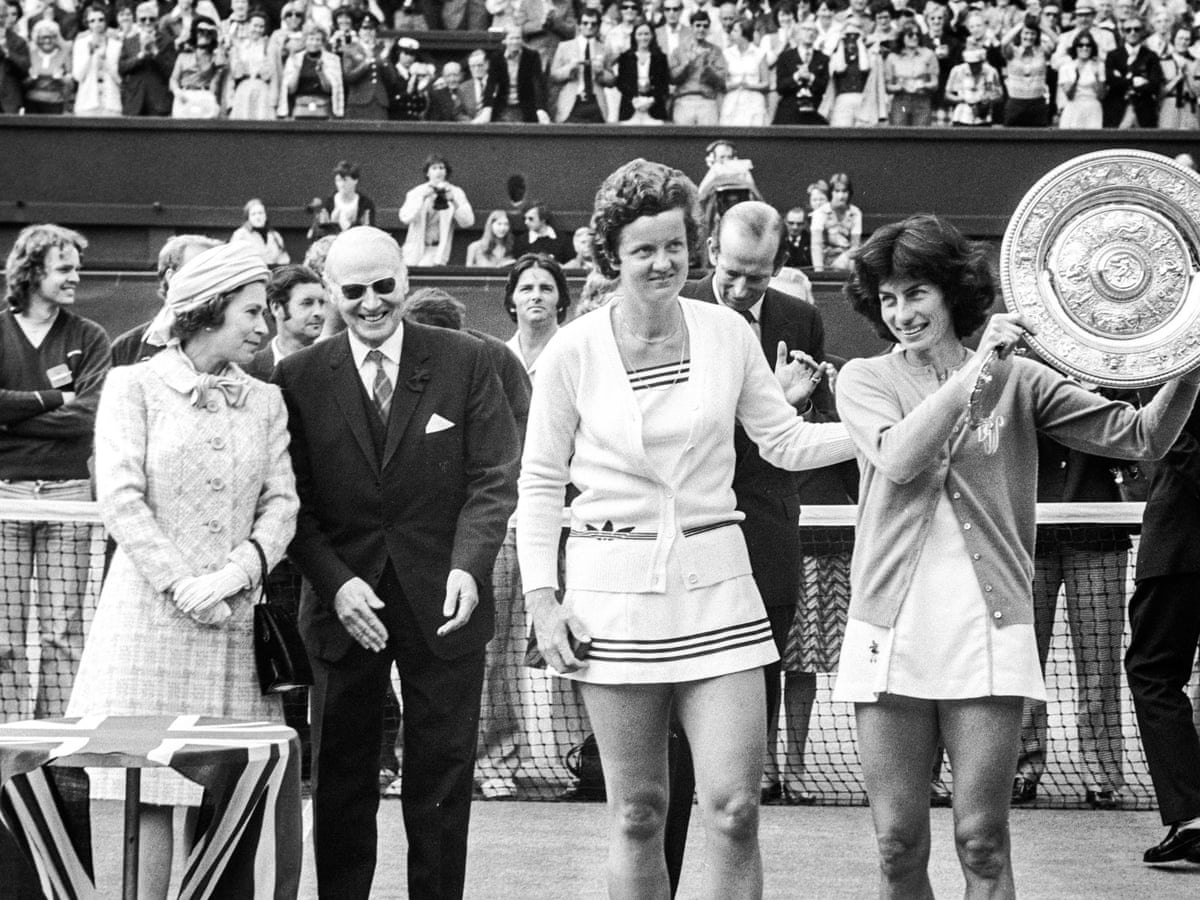 Virginia Wade wins Wimbledon - archive July 1977 | GNM education ...