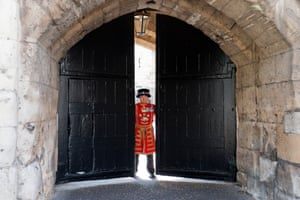 London, UK Beefeaters officially reopen the Tower of London after three months in lockdown, opening the gate and lowering the drawbridge