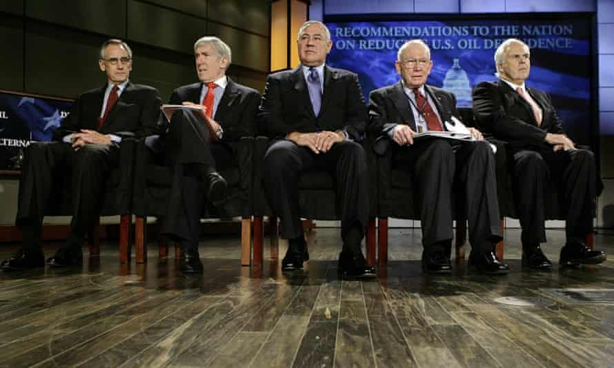 Robert Hormats, pictured second left with other members of the Energy Security Leadership Council,