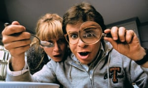 Marcia Strassman and Moranis in the 1989 film Honey, I Shrunk the Kids.