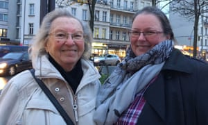 Irmgard and Petra Leidholdt