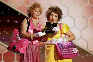 Kristen Wiig and Annie Mumolo (in character as Barb and Star) speak onstage