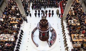 Chelsea Pensioners join brokers and underwriters at the Lloyd's of London building