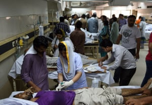 Pakistani heatstroke victims are treated at a government hospital in Karachi in June 2015. More than 1,000 people died as a result of days of scorching temperatures in southern Pakistan